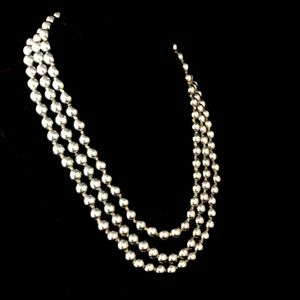 KENNETH JAY LANE Triple Stand Gray Pearl Necklace